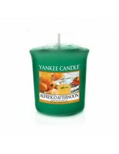 YANKEE CANDLE candela profumata giara media Delicious Guava durata 90 ore