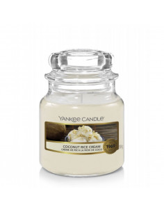 Dark Berries - Candela Media Yankee Candle Elevation